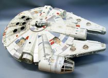 Star Wars (Legacy Collection) - Hasbro - Millennium Falcon (with Han Solo & Chewbacca) occasion