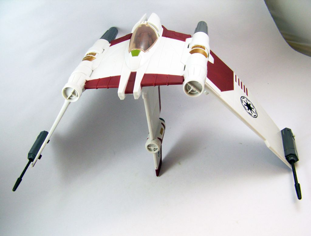 star wars the clone wars hasbro v 19 torrent starfighter. Black Bedroom Furniture Sets. Home Design Ideas