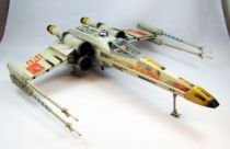 Star Wars (The Power of the Force) - Kenner - Electronic Power F/X Luke Skywalker\'s Red Five X-Wing Fighter (loose)
