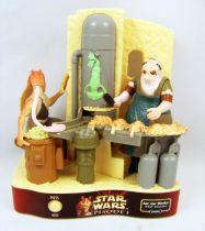 Star Wars Episode 1 - PEZ dispenser - Jar Jar Binks in a Mos Espa scene (loose)