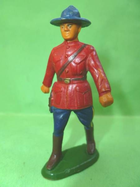 Starlux - Canadian Mounted Police - Footed Officer (ref 2345)