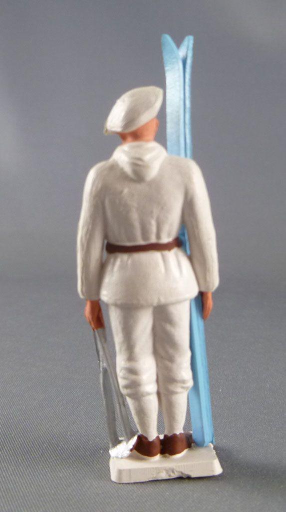 Starlux - Chasseurs Alpins - Série Luxe spéciale - Soldat garde à vous ski bleu (réf 5022)