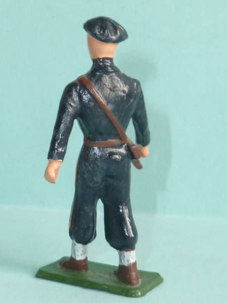 Starlux - Chasseurs Alpins - Type 3 - Marching officer (réf 25 rectangular base)