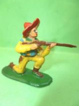 Starlux - Cow-Boys - Series 53 - Footed Kneeling firing rifle (yellow) (réf 122)