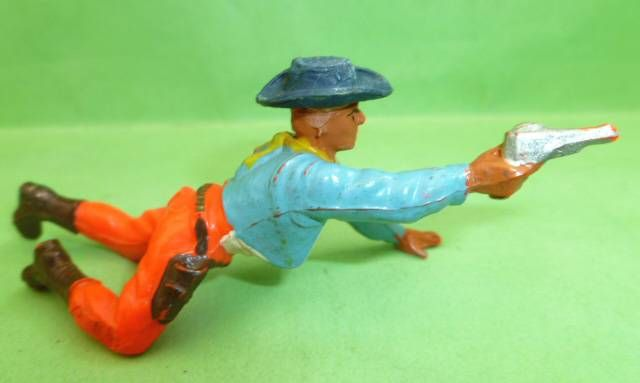 Starlux - Cow-Boys - Series 55/56 (Luxe) - Footed Crawling with gun (blue & orange) (réf C 2127)