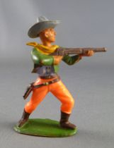 Starlux - Cow-Boys - Series 55/56 (Luxe) - Footed Standing firing rifle (green & orange) (réf C 2121)