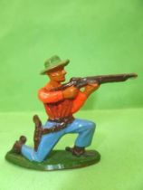 Starlux - Cow-Boys - Series 57 (Regular) - Footed Kneeling firing rifle(red & blue) (ref 122)
