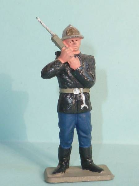 Starlux - Fireman 2sd serie - Sergent with phone (ref SP2)