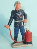 Starlux - Fireman 3rd series - Caporal with extinguisher (ref SP4)