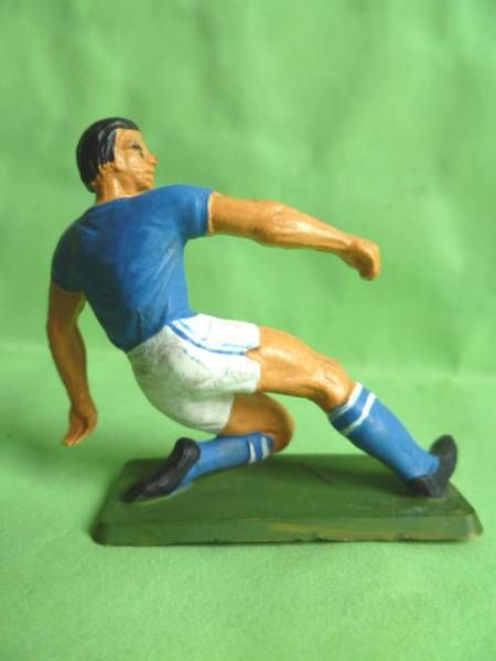 Starlux - Football (Soccer) (National Team - Italia) - One leg kneeling