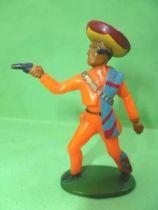Starlux - Gauchos - Series 53 - Footed  firing pistol standing (orange) (ref 243)