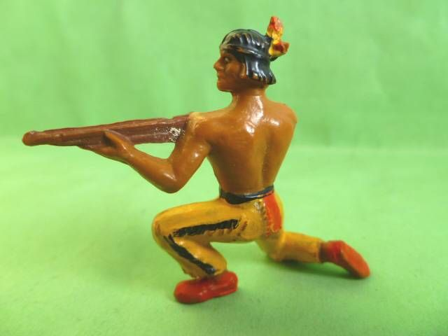Starlux - Indians - Series Luxe 55/56 - Footed Firing rifle kneeling (ref 2142)