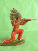 Starlux - Indians - Series Regular 53 - Footed Firing rifle kneeling (red) (ref 142)