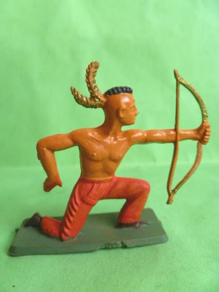 Starlux - Indians - Series Regular 57 - Footed Bowman standing (red) (ref 144)