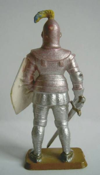 Starlux - Middle-age - serie 58 - ref  6012 (white base) - footed knight in armor (metalised light pink)