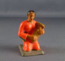 Starlux - Nestlé Kohler - Indians - Footed Squaw with baby N° 44