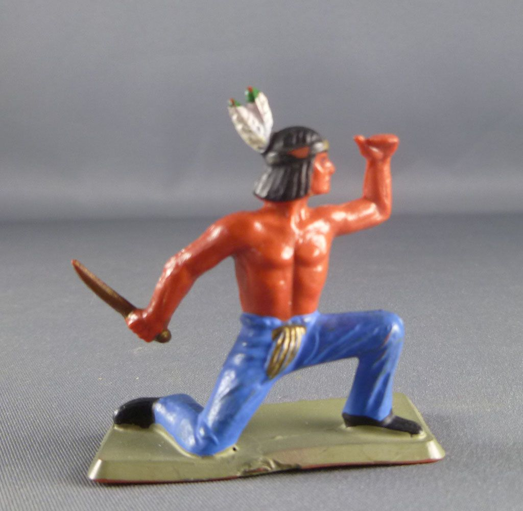 Starlux - Nestlé Kohler - Indians - Footed watcher kneeling N° 40