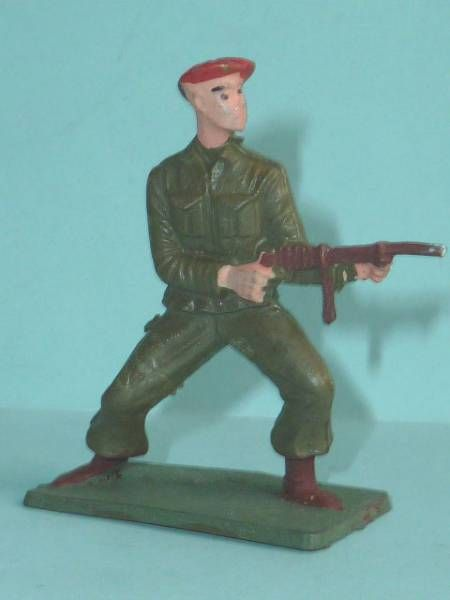 Starlux - Paratroopers - Serie Luxe - Fighting standing firing mp (khaki) (réf 5068)