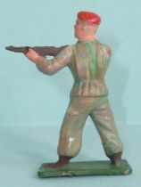 Starlux - Paratroopers - Type 3 - Firing rifle standing (ref 61)