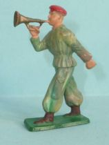Starlux - Paratroopers - Type 3 - Marching bugler (ref 68)