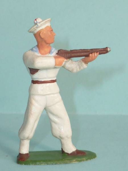 Starlux - Sailors - Type 2 - Firing Rifle standing (réf 41)