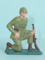 Starlux - Soldier Series ordinaire 66 - Kneeling rifle in hand (ref C18)