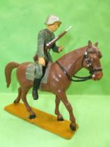 Starlux - Switzerland Army - Mounted Dragon rifle on chest (ref DS205)