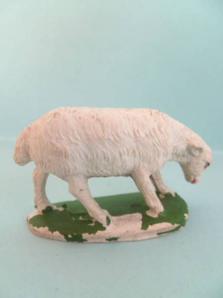 Starlux - The Farm - Animals - Sheep (eating) (series 53/54 ref 533)