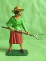Starlux - The Farm - Farmer woman with fork (series 59 ref 507)
