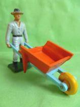Starlux - The Farm - Wheelbarrow with driver (series 59 ref 605)