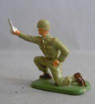Starlux 35mm (1/50°) - Army - Infantry mortar servant (ref 1095)