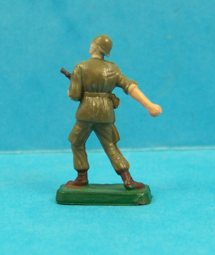 Starlux 35mm (1/50°) - Army - Modern army - Fighting grenade & rifle (ref M10)