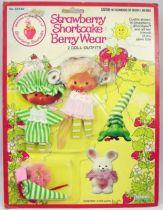 Charlotte aux fraises - Tenues Berry Good Nite & Berry Sweet