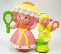 Strawberry shortcake - Miniatures - Peach Blush & Melonie Belle getting ready for bed (loose)