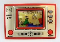 Sun Wing - Handheld Game & Watch - Pirate 777 01