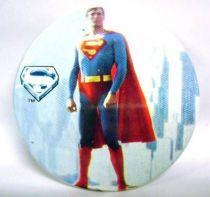 Superman (movie) - 1978 vintage botton - stand-up Superman
