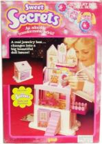 Sweet Secrets - Jewelry Box Doll House - Galoob Orli Jouet