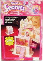 Sweet Secrets - Jewelry Box Doll House - Galoob Orli Jouet