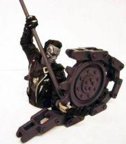 Terminator 2 - Collectible Figures - Broken Hand (N&B)