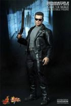 Terminator 2: Judgment Day - Hot Toys / Sideshow - T-800
