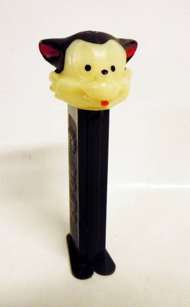 The 3 Little Pigs - PEZ dispenser - Li\\\'l Bad Wolf (patent number 3.942.683)