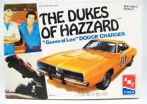 Sherif fais moi peur! - AMT ERTL - 1969 Dodge Charger General Lee 1-25ème Model Kit 01