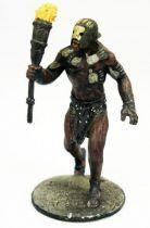 The Lord of the Rings - Eaglemoss - #035 Berserker Uruk-Hai at Helm\'s Deep
