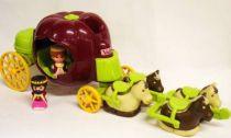 The Mysterious Pumpkin - King Cedric\'s and Queen Petunia\'s carriage - Vulli