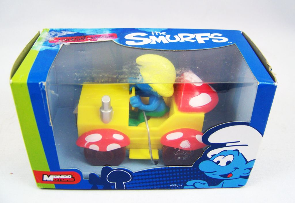 The Smurfs - Mondo Motors - Peasant Smuf in car