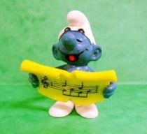 The Smurfs - Schleich - 20038 Singer Smurf (musical score)