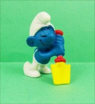 The Smurfs - Schleich - 20043 Lazy Smurf (spade tilted)