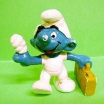 The Smurfs - Schleich - 20054 First Aid Smurf (ochre case without sign)