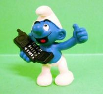 The Smurfs - Schleich - 20438 Smurf with cellular phone