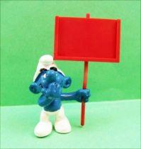 The Smurfs - Schleich - 40208 Messanger Smurf  (red sign)